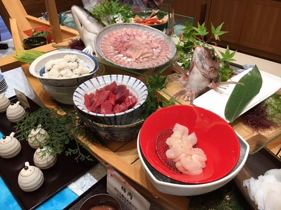 月夜のうさぎ 出雲大社 海鮮食べ放題の夕食バイキング!